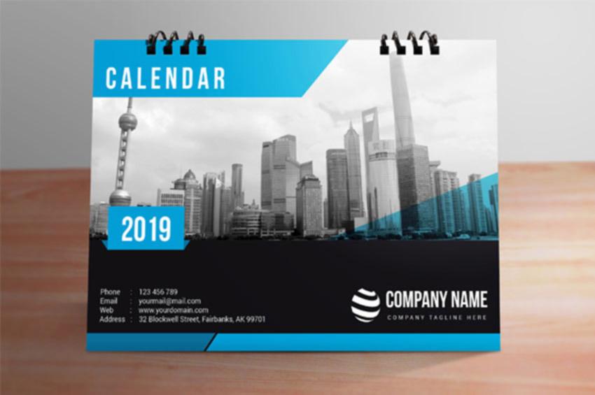 InDesign Desk Calendar