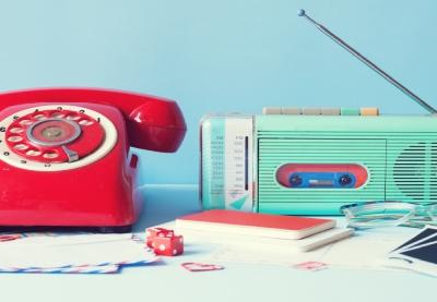 Retro telephone and radio 5rkblfp%20(2)