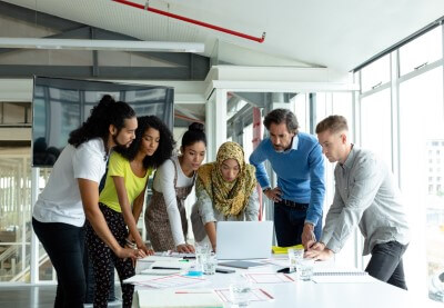 Diverse business people working together on 3knhq5j%20(1)