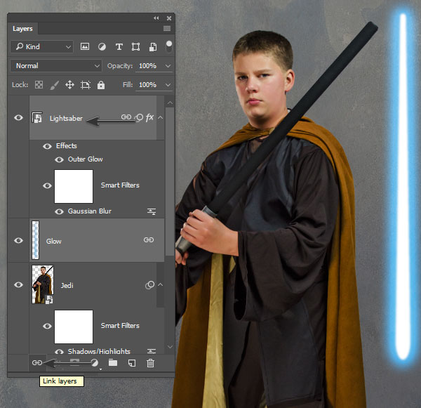 Link the Lightsaber layer and Glow layer togther