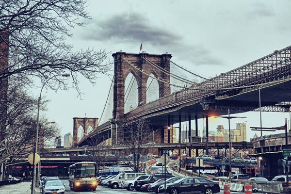 Brooklyn Bridge image from pixabay