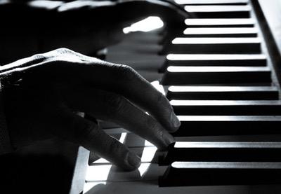400x277pianist