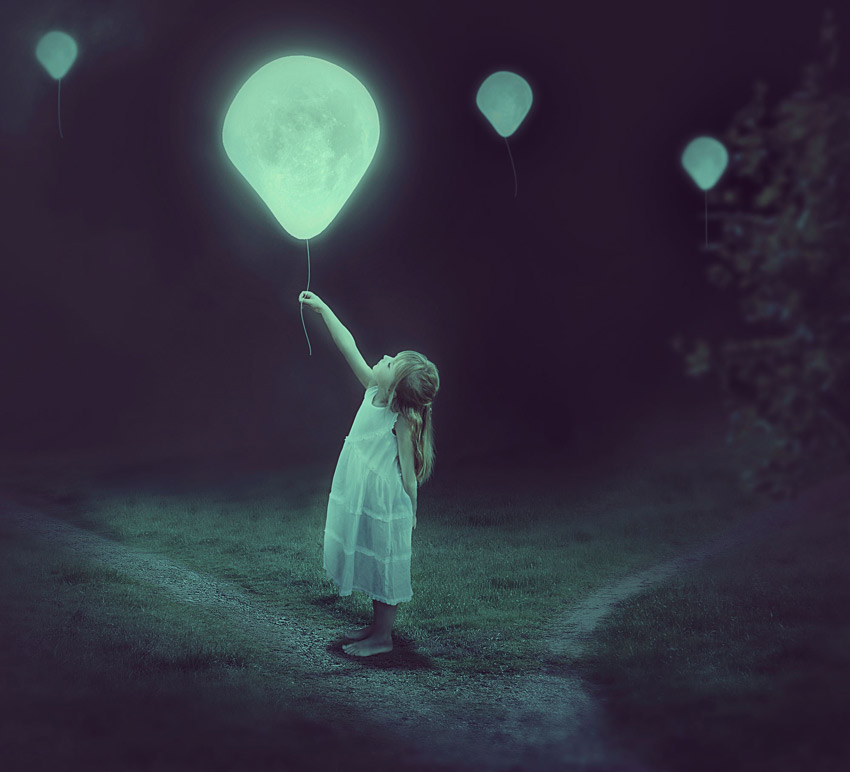 Moon Balloon Photo Manipulation Photoshop Tutorial