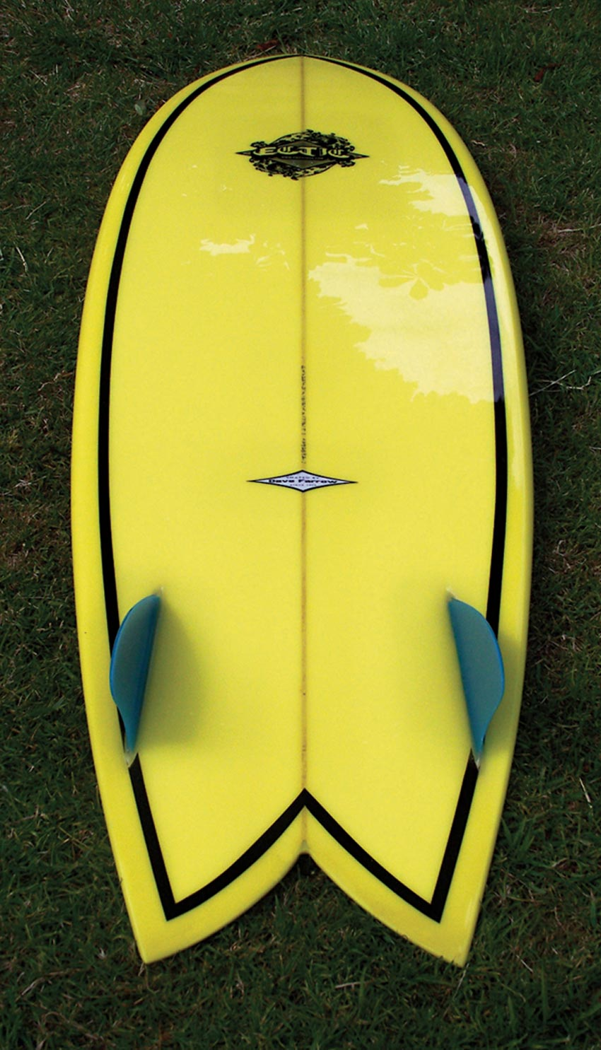 Design and Apply a Surfboard Decal