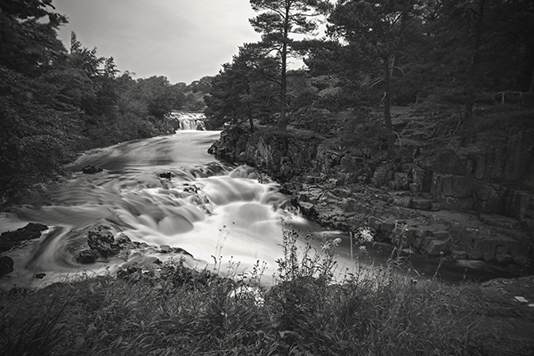 A Beginner's Guide to Shooting Long Exposure Water
