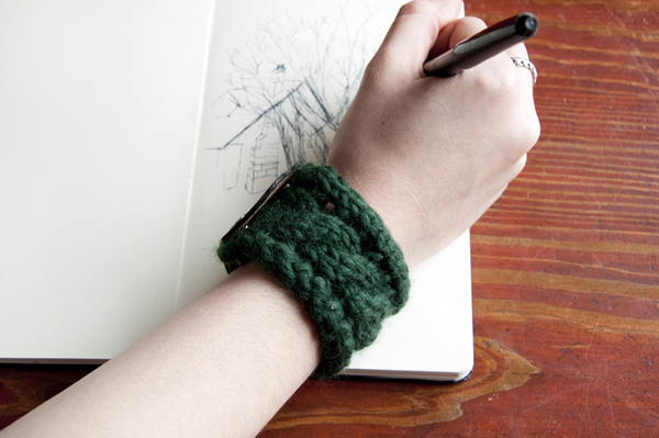 How to Knit a Bracelet