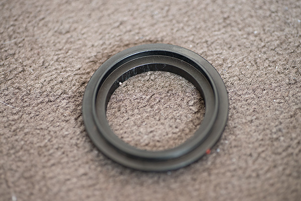 A reversing ring for Nikon and 52mm thread size