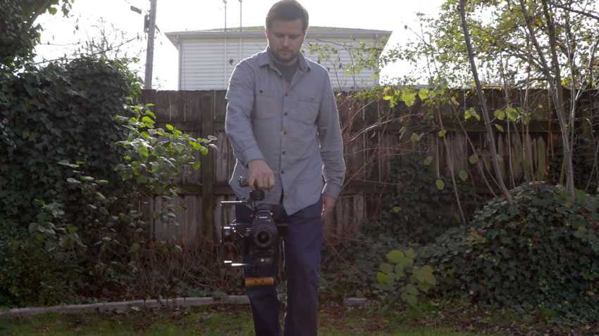 Using a gimbal in one handed - or briefcase - mode