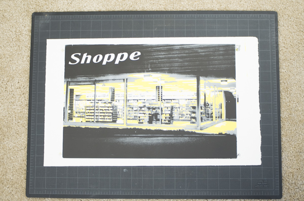 Print lying flat on work surface