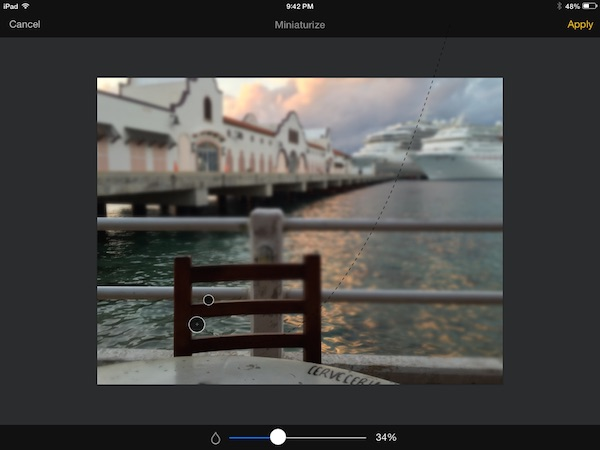Adding blur in Pixelmator for iPad