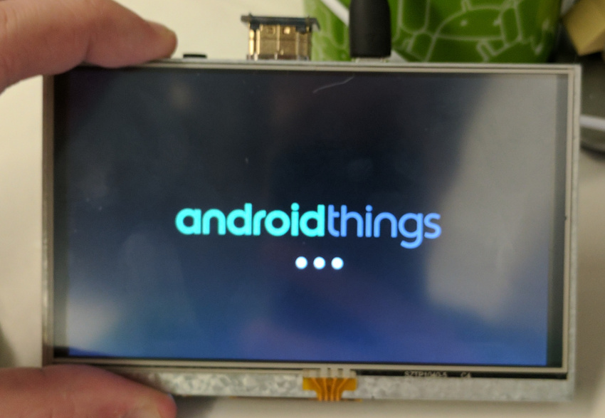 Android Things: Peripheral Input/Output