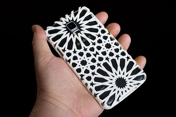 3D printed moorish tilework inspired case on a Samsung S5