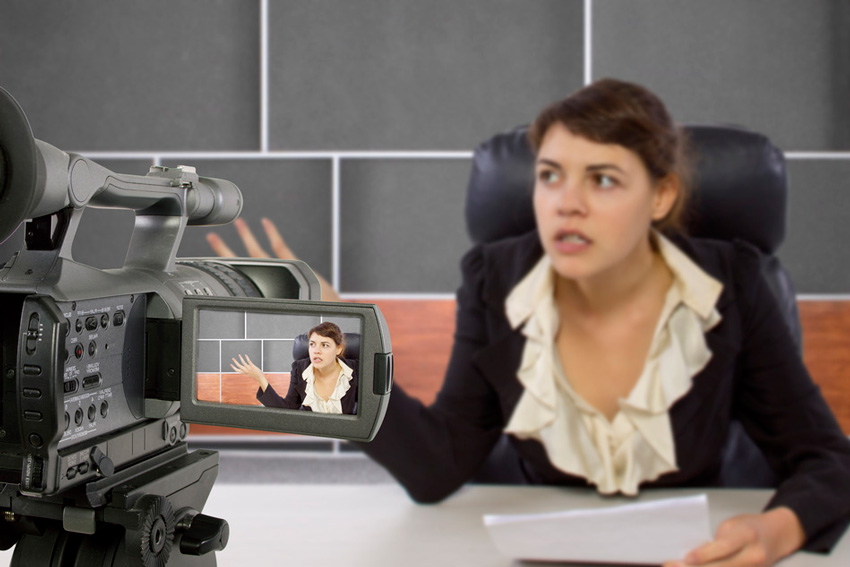 What to Wear (and Avoid!) When Presenting On Camera