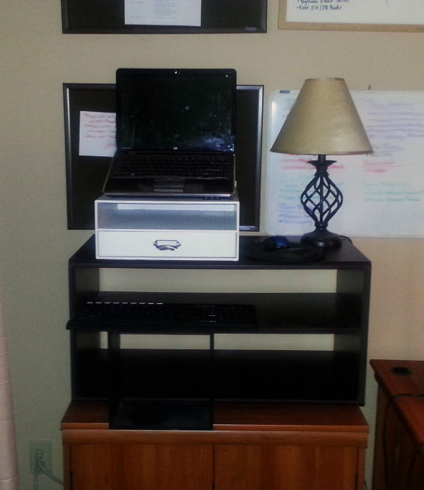 Jennifer Matterns DIY standing desk