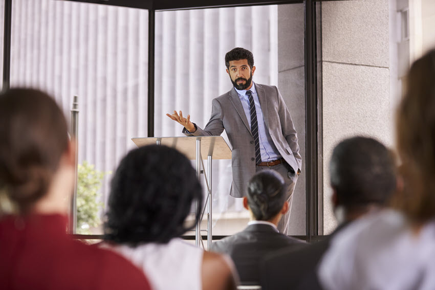 9+ Effective Public Speaking Skills & Techniques to Master